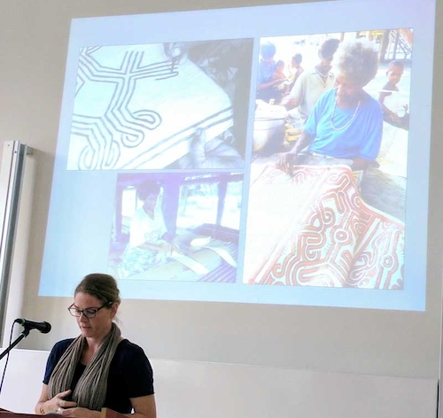 Colour photograph of Dr Anna-Karina Hermkens giving her paper on the barkcloth traditions of Papua New Guinea at the European Society for Oceanists conference in 2017 (copyright Mark Nesbitt)